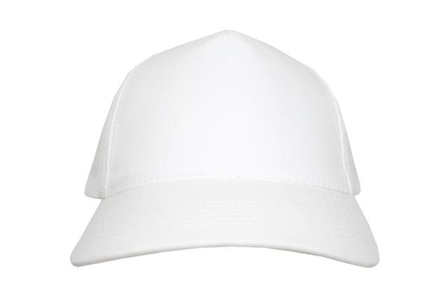 Al tener cinco cascos, este gorro es ideal para realizar estampados en la parte frontal. Este producto cuenta con protección
